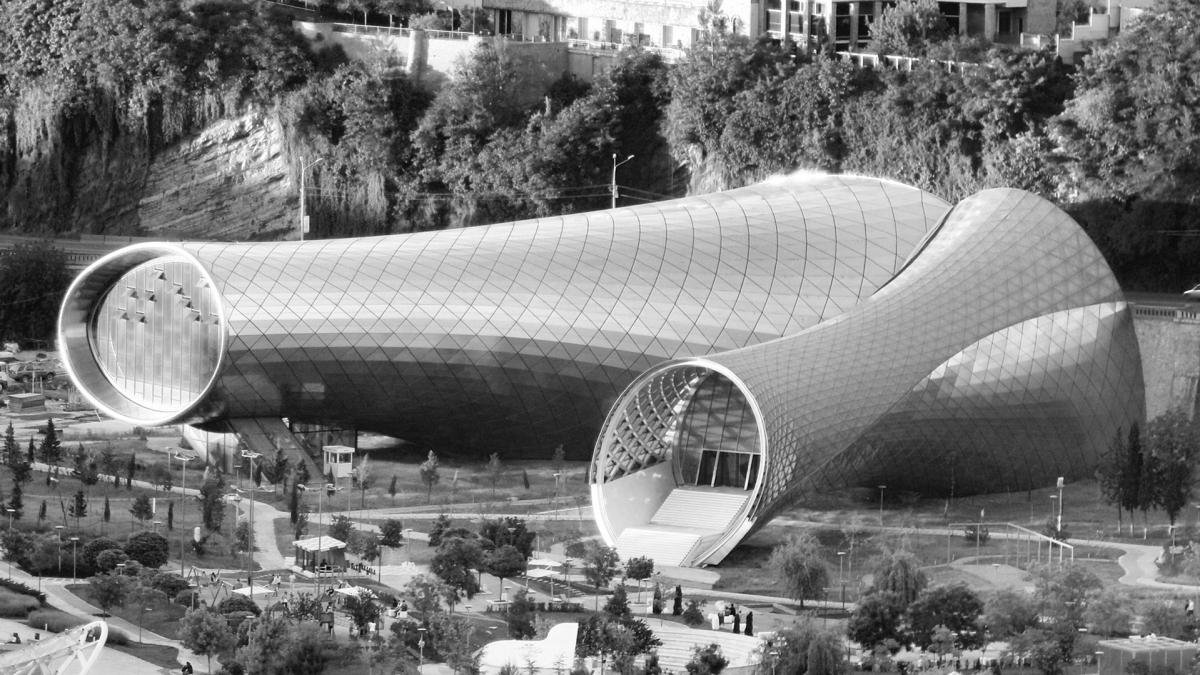 Tiflis'in En Etkileyici 10 Çağdaş Mimari Yapısı